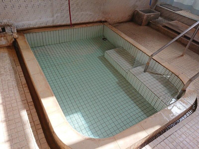 春日温泉のお風呂