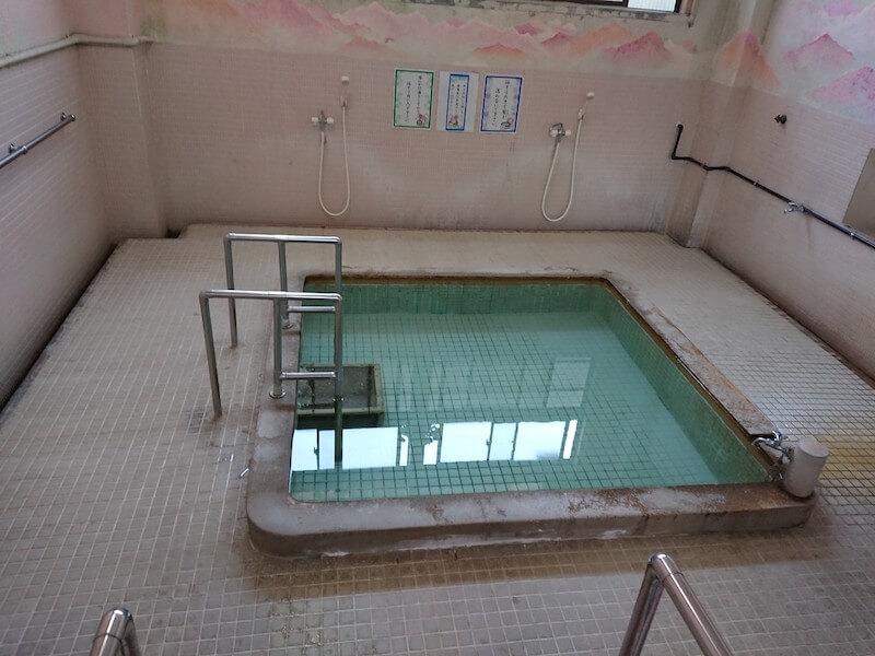 末広温泉のお風呂