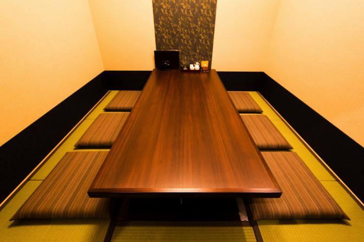 芦屋水春亭の個室