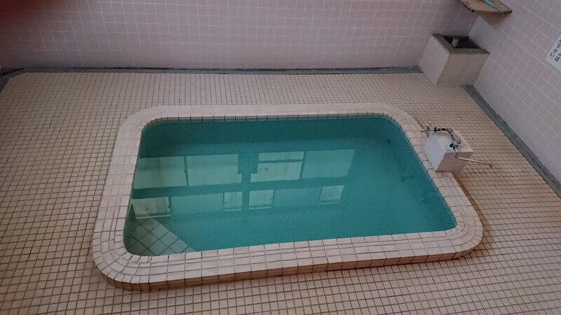 向原温泉(むかいばるおんせん)のお風呂