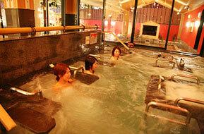 東香里湯元水春の内風呂のマッサージ風呂