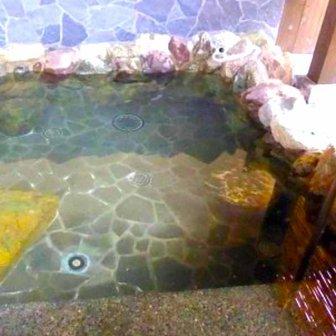 西吉野桜温泉の露天風呂